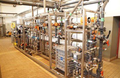 Errichtung einer 2-straßigen Wasseraufbereitungsanlage zur Erzeugung von Deionat